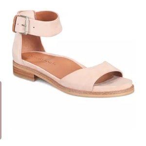 Gentle souls gracey sandals